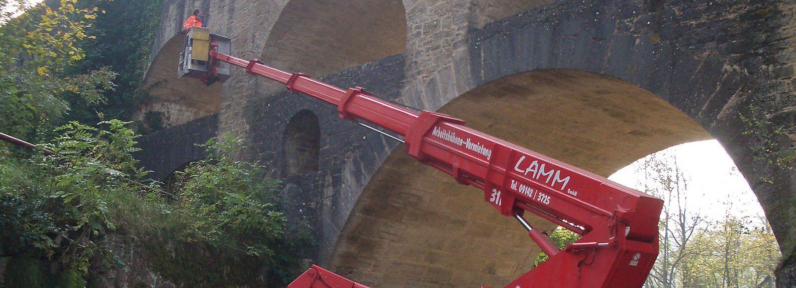 imageslider04-arbeitsbuehne-eisenbahn