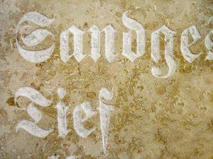 Schriftzug in Marmor von Ihrer Lamm GmbH